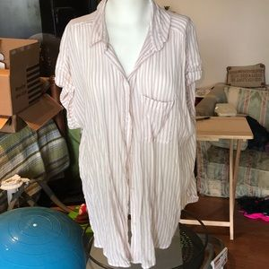 Great condition American Eagle Top